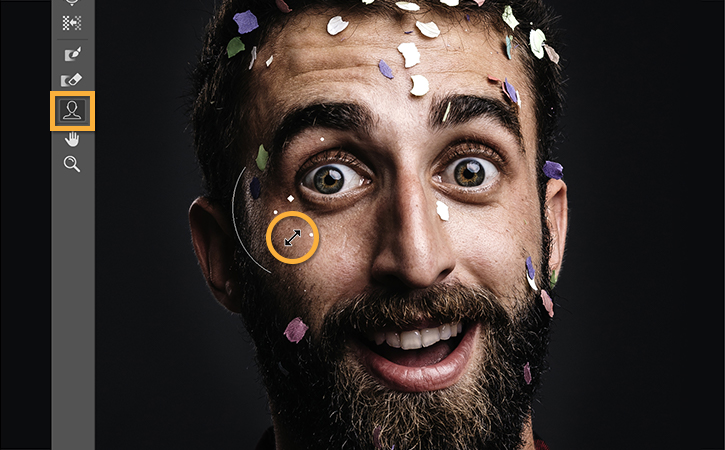 顔のパーツを調整して表情を際立たせる adobe photoshop ccチュートリアル